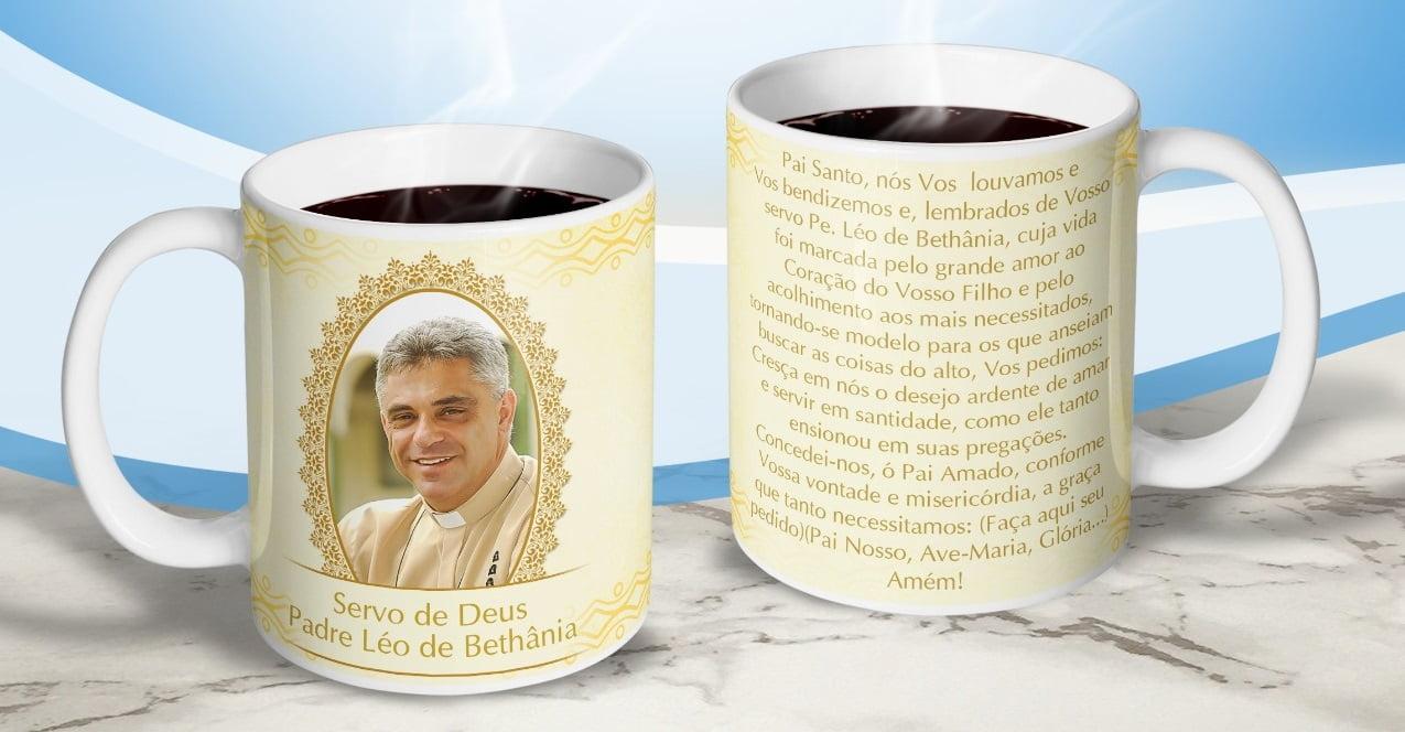 Caneca Servo de Deus Padre Léo